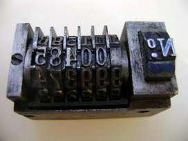 Antigua Numeradora De Imprenta En Acero / Maxim Nord