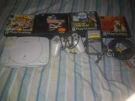 Vendo PlayStation One Original (Negociable)/Vendo 14 juegos originales de Sony