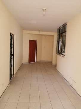 Local para Oficinas en centro de Huacho