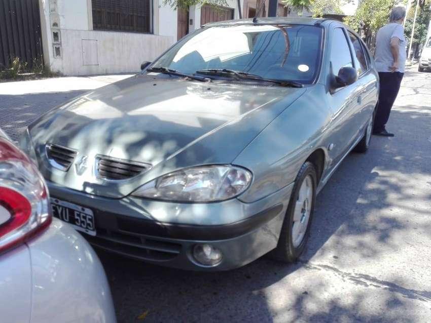 Renault Megane Expression plus Titular