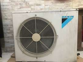Aire acondicionado split DAIKIN 6400w  usado excelente estado