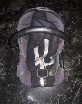Huevito para bebé la marca es baby one está en excelente condiciones