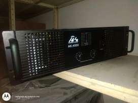 Se vende máquina de amplificador sonido de 60 transistores