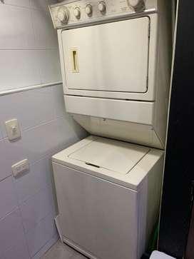 Torre lavadora secadora Whirlpool