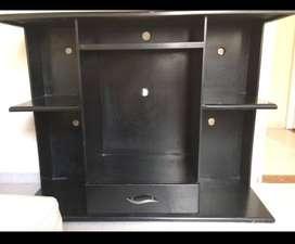 Se vende mueble de madera en buen estado