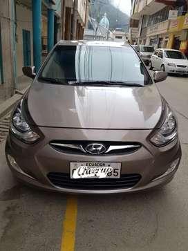 Flamante Hyundai Accent 1.6 full equipo 2015