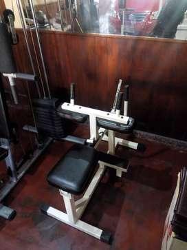 Máquina gimnasio banca para pantorrillas