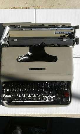 Maquina Dr Escribir