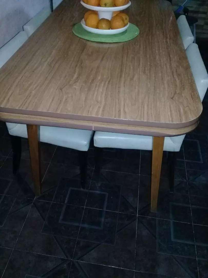 Vendo mesa  impecable 0