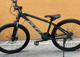 Bicicleta semi nueva negociable