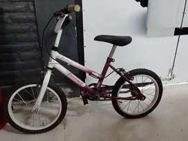 Bicicleta rodado 14 niña.