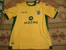 Camiseta Sporting Lisboa Macron nueva Talle XL