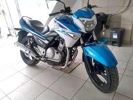 Suzuki GW 250 Inazuma, No Honda No Yamaha, no KTM, no Kawasaki