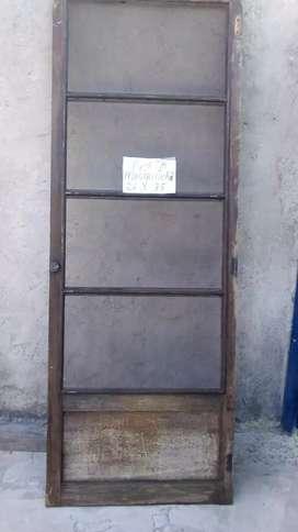 Puerta con mosquitero de madera de 75 × 2,6