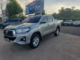 Toyota hilux 2019 version rocco full