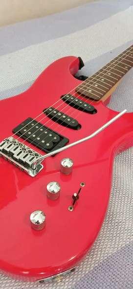 Guitarra Fender + amplificador y auriculares