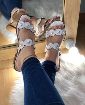 Ganga !! Hermosas sandalias planas perlas excleente calidad !!