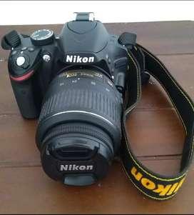 Vendo Cámara Nikon D3200