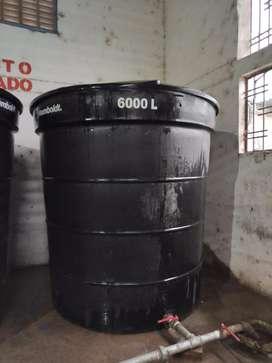 Tanques de plástico de 5000 y 6000 Lts 1 tanque estacionario de 32000 Lts metálico