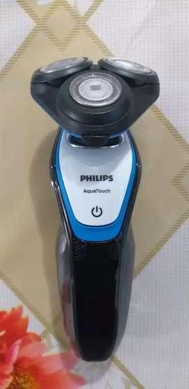 Máquina de afeitar.