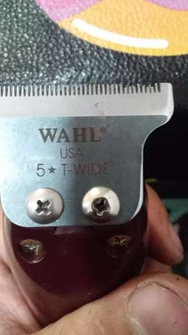 Maquina whal detailer