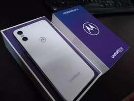 Motorola one vendo o cambio