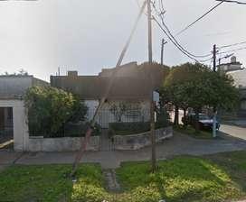 Casa con 3 dormitorios y garage. DUEÑO DIRECTO