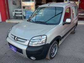 Peugeot Partner Patagonica 1.6 Vtc Plus c/Gnc 2012