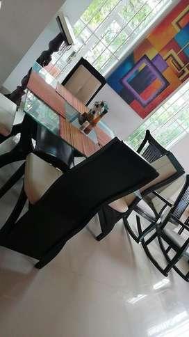 Mesa de 4 Puestos