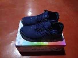 Zapatillas talla 38 ...color azul
