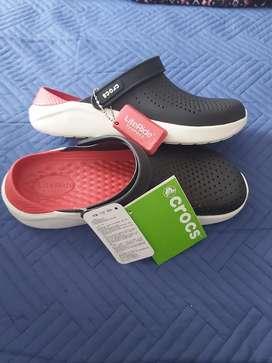 Zapato tipo crocs importado