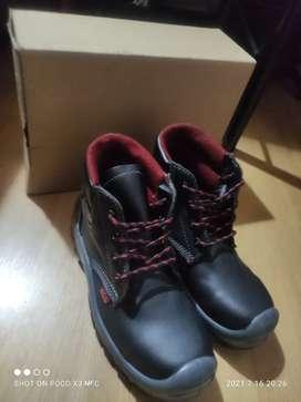 Vendo botas dieléctricas
