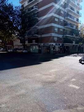 L deocal esquina Corrientes y Viamonte