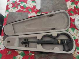 Violin Electrico con estuche y cuesta a punto!