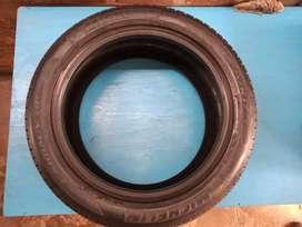 Cubierta Michelin Primacy HP 215/50/17