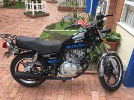 Vendo moto suzuki gn 125 modelo 2019 unico dueño