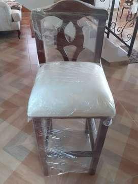 Vendo 3 sillas para barra