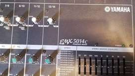 Mezclador Yamaha EMX5014c 16 canales