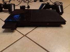 """""""Playstation 2"""" con Joysticks y juegos"""
