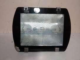 Reflector 150 Watt Para Exterior O Interior De Aluminio