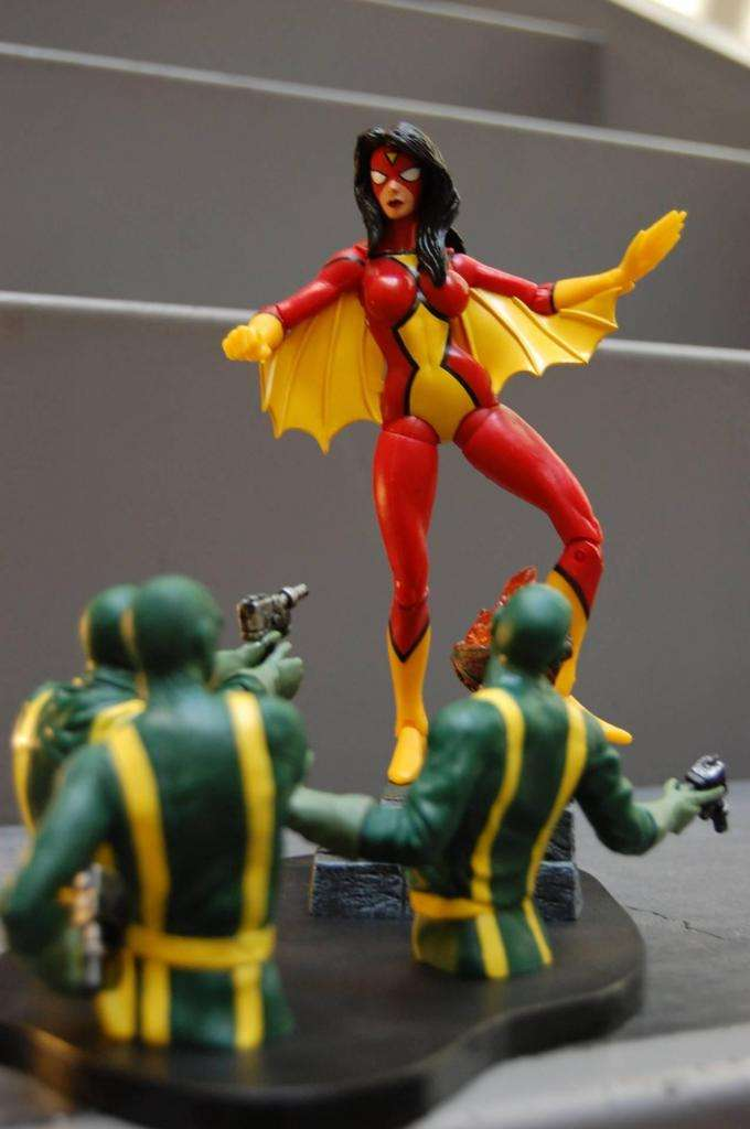 Figura Spider Woman Marvel Select 0