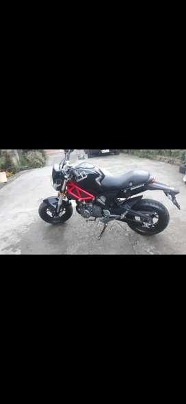 Moto perfecto estado 6 velocidades 175cc tacometro digital como nueva