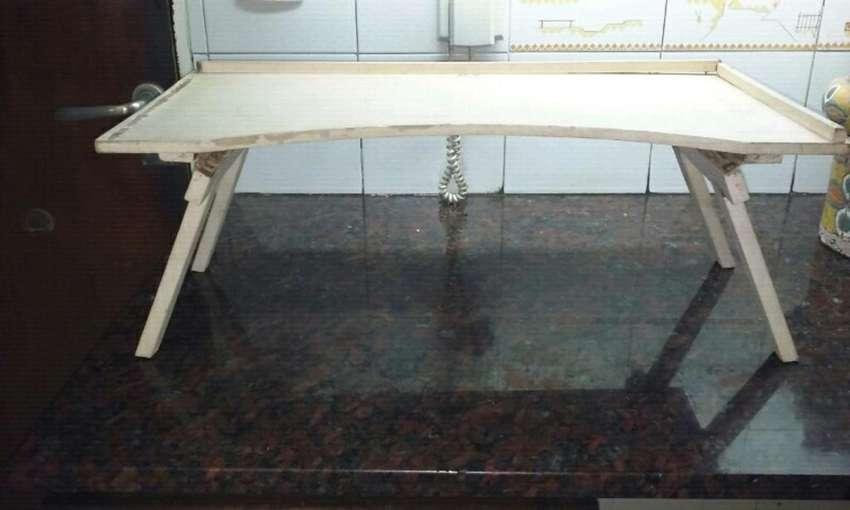 Mesa para Cama 0