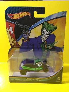 Auto El Joker Guason Villano Batman Hotwheels Modelo a Escala
