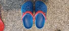 Crocs originales para niño