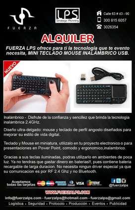 Alquiler de Rii Mini X1 teclado inalámbrico con ratón táctil