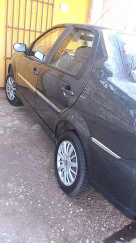 Vendo Fiat Siena con detalles de uso ,capot y opticas
