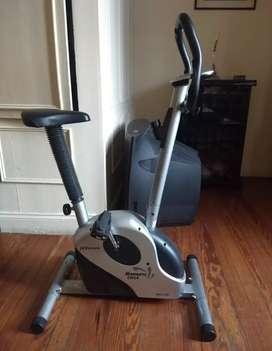 Vendo bici fija usada.