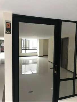Arrendo oficina nueva en el centro de la ciudad- puertas de oro