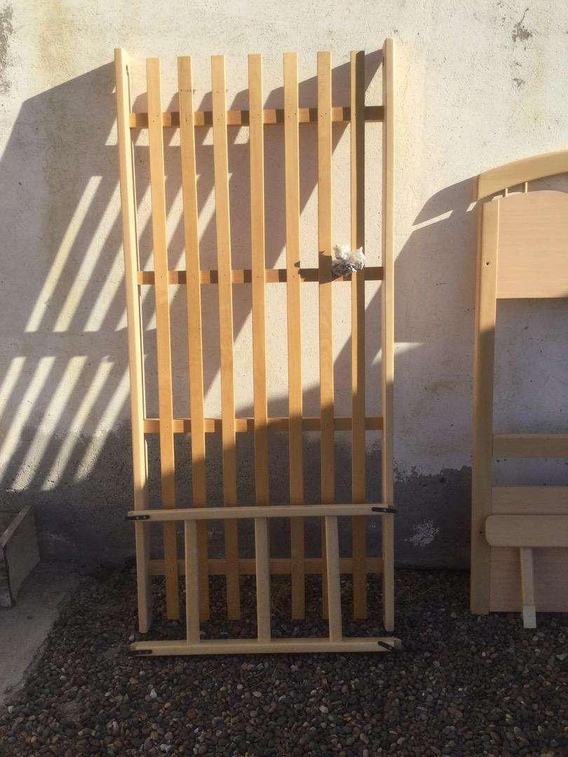 Cama Cucheta de madera maciza de haya - de Claudio Voltich Fabrica de muebles Bs As 0